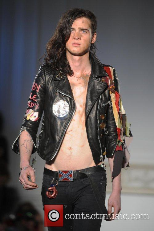 Model London Fashion Week Autumn/Winter 2009 - Charles...