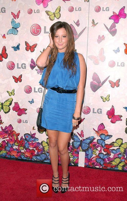 Ashley Tisdale and Heidi Klum 2