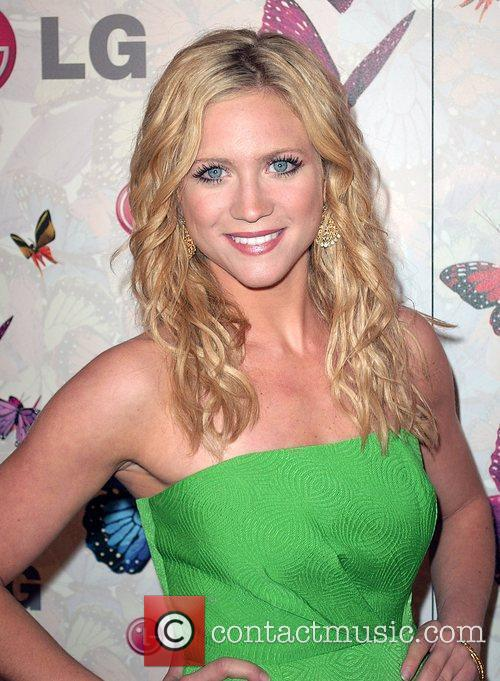 Brittany Snow and Heidi Klum 3