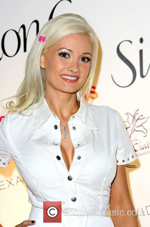 Holly Madison Simon G. Jewelry and The Palazzo...