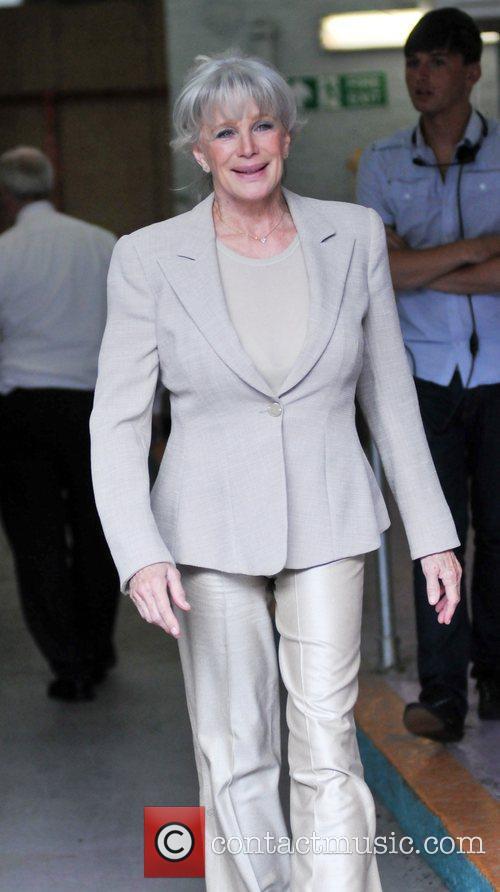 Linda Evans 4