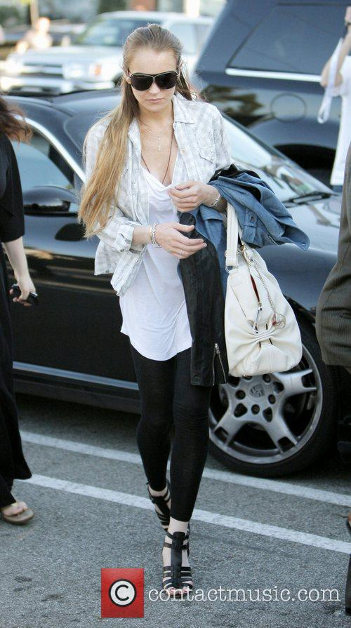 Lindsay Lohan goes shopping at Maxfields