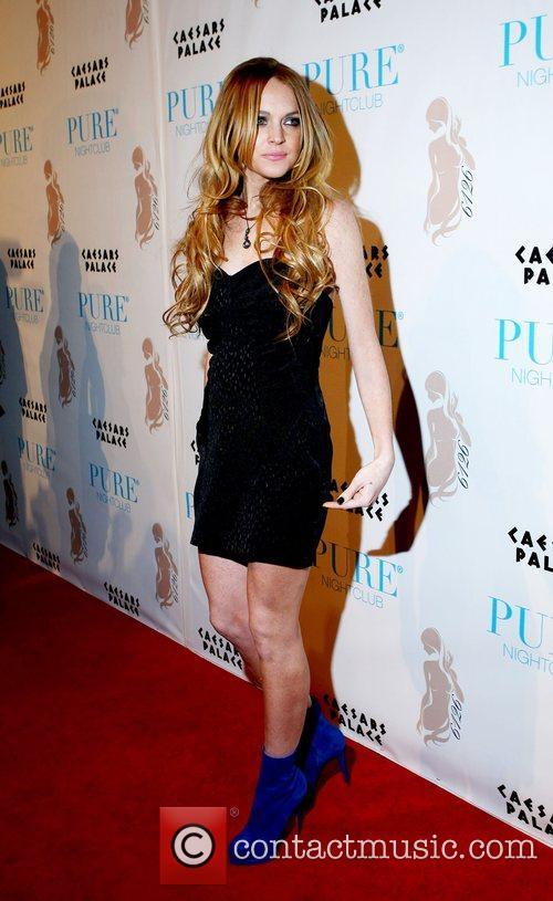 Lindsay Lohan Hosts and Lindsay Lohan 6