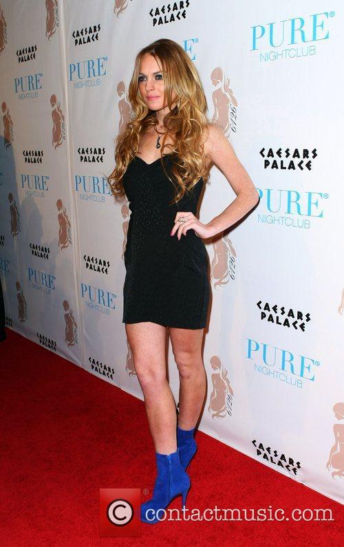 Lindsay Lohan Hosts and Lindsay Lohan 5