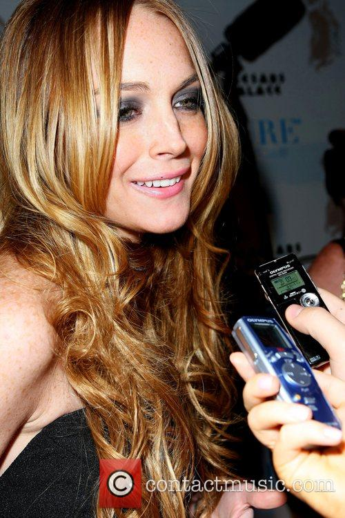 Lindsay Lohan Hosts and Lindsay Lohan 7