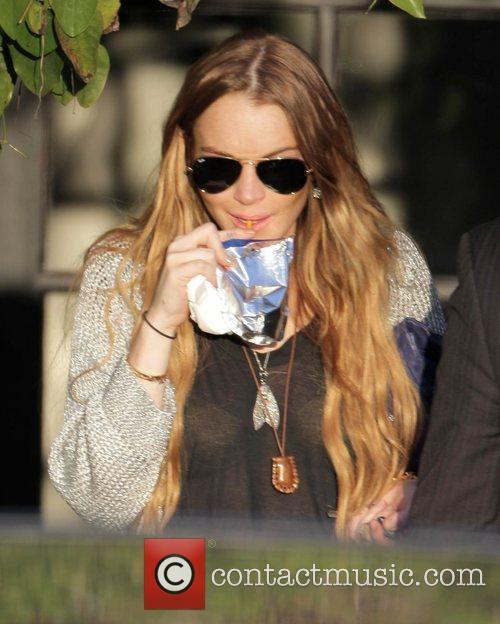 Lindsay Lohan leaving the Andy Lecompte hair salon...