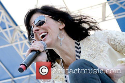 Karen Fairchild Of Little Big Town 4