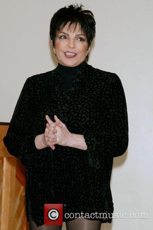 Liza Minnelli in rehearsal at Chelsea Rehearsal Studios...