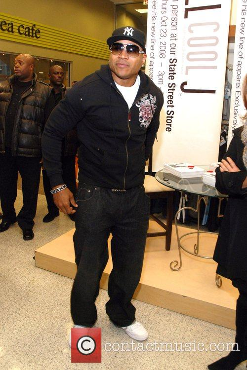 Promoting his new clothing line 'LL Cool J...