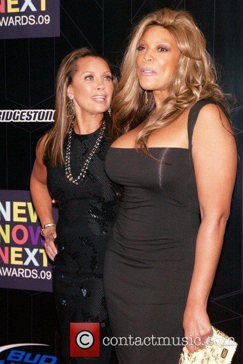 Vanessa Williams and Wendy Williams 7