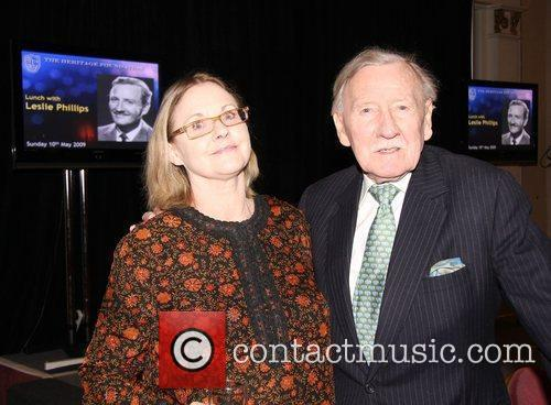 Angela Scoular and Leslie Phillips
