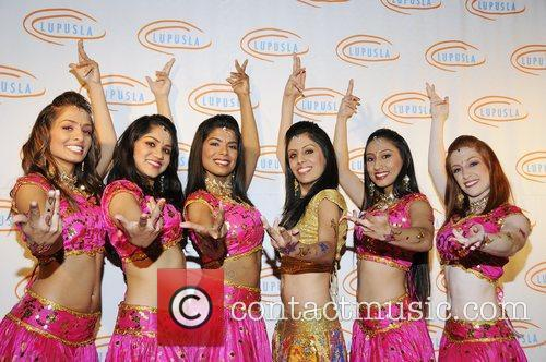 Bollywood Step Dancers 6