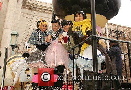 Harajuku Girls at the Macy's Thanksgiving Parade New...