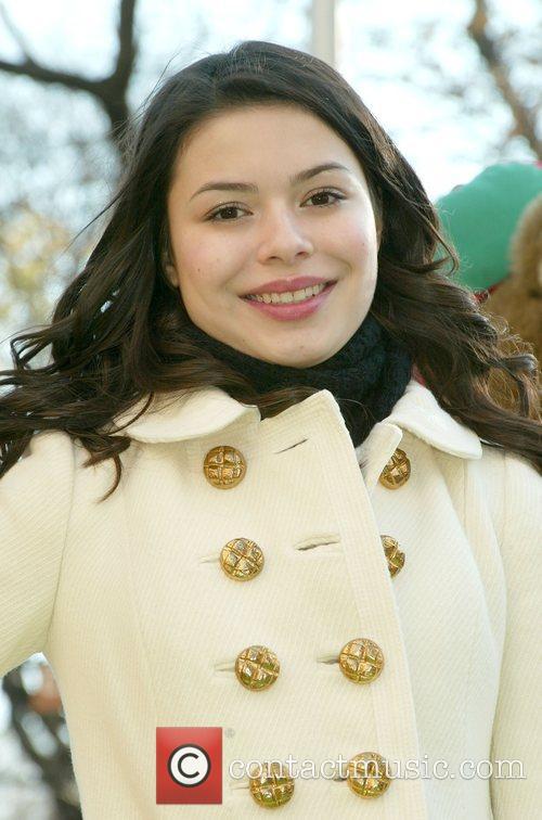 Miranda Cosgrove 8