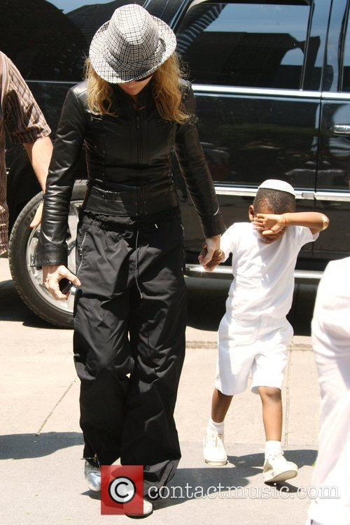 Madonna and Adopted Son David Banda Visit The Kabbalah Center 6