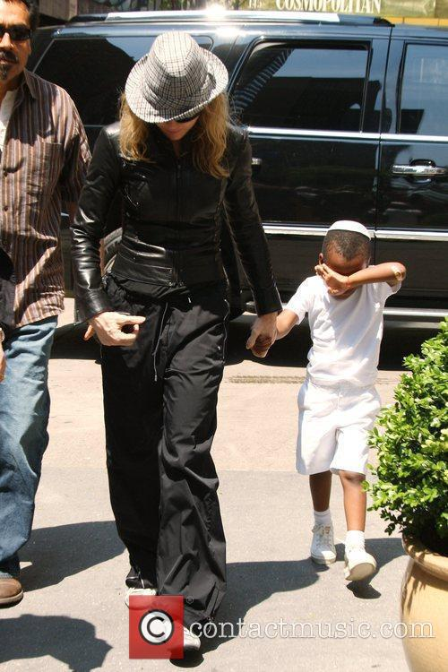 Madonna and Adopted Son David Banda Visit The Kabbalah Center 5