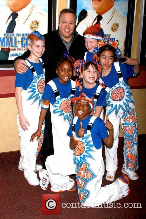 Knicks City Kids Dancers and Kevin James Special...