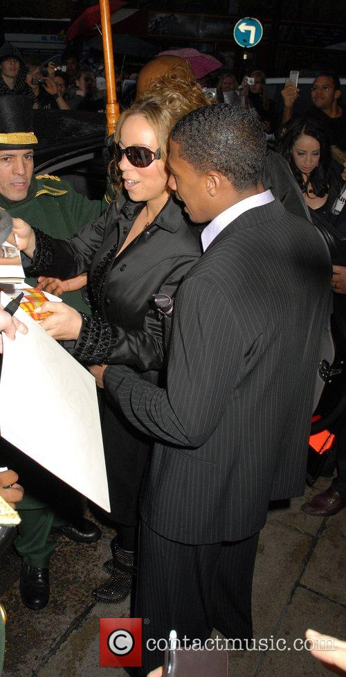 Mariah Carey and her husband Nick Cannon 7