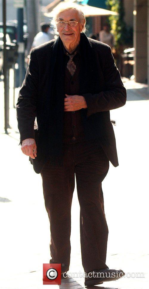 Martin Landau leaving a medical building in Beverly...