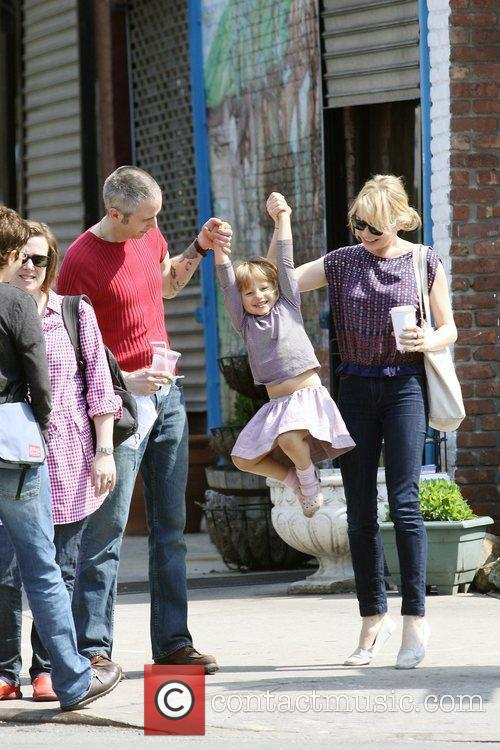Michelle Williams, Matilda Ledger out, about in Brooklyn enjoying the warm weather. Matilda gets a lift from her mom, an older mystery male.
