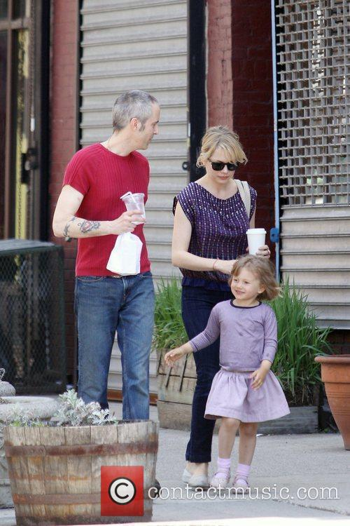 Michelle Williams, Matilda Ledger out, about in Brooklyn enjoying the warm. Matilda gets a lift from her mom and an older mystery male. 5