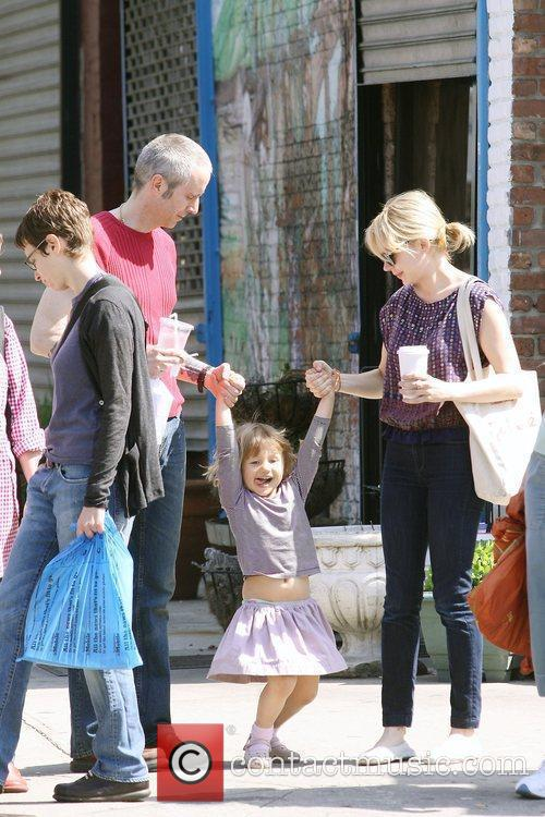 Michelle Williams, Matilda Ledger out, about in Brooklyn enjoying the warm. Matilda gets a lift from her mom and an older mystery male. 12