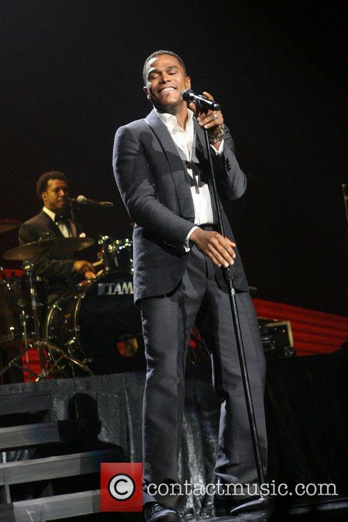 Maxwell, Radio City Music Hall