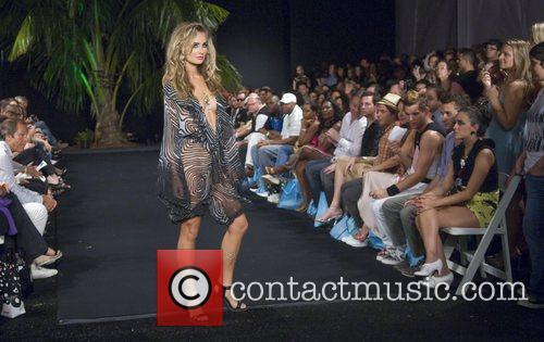 Model Funkshion Fashion Week spring/summer 09 - Celebutant...