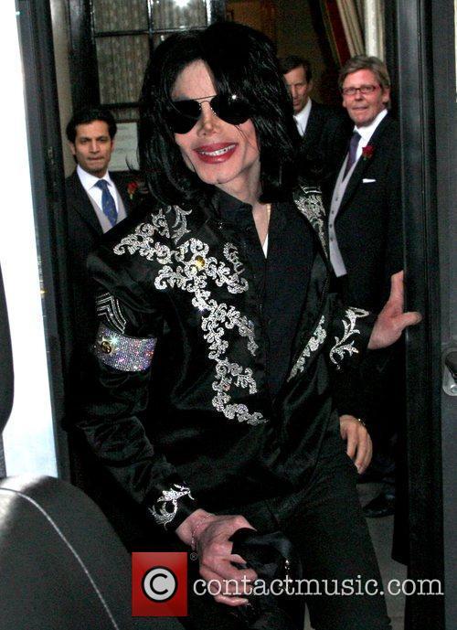 Michael Jackson and O2 Arena 4