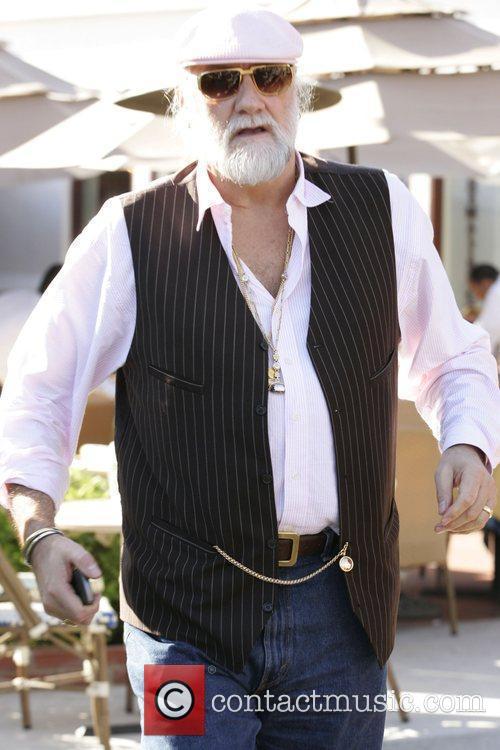 Mick Fleetwood 11