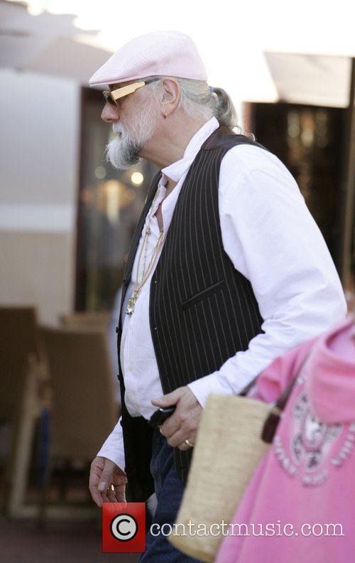 Mick Fleetwood 5
