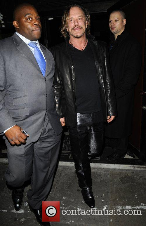 Mickey Rourke spends the night on the tiles...