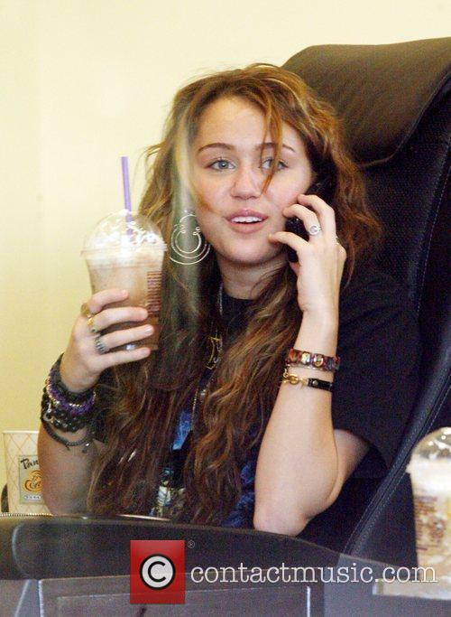 Miley Cyrus, Her Friends Visit A Nail Salon In North Hollyood Mall. She Grabs Lunch At Pandera Bakery Where She Had Clam Chowder Soup With A Bread Roll and Green Salad. 2