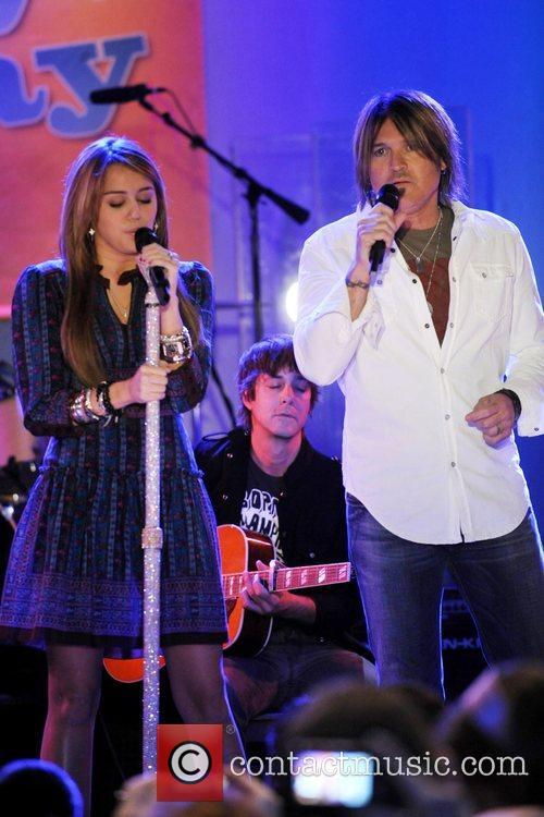 Miley Cyrus and Billy Ray Cyrus 8
