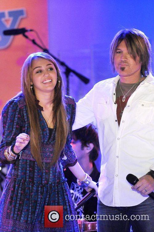 Miley Cyrus, Billy Ray Cyrus, ABC, Good Morning America