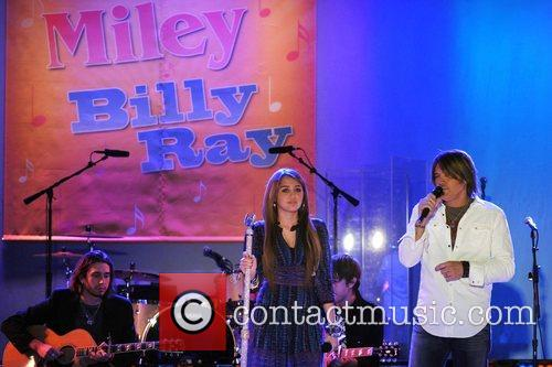 Miley Cyrus and Billy Ray Cyrus 5