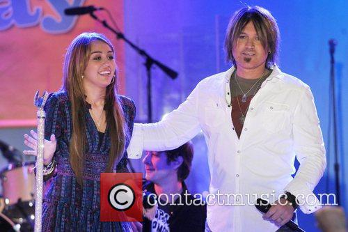 Miley Cyrus and Billy Ray Cyrus 7