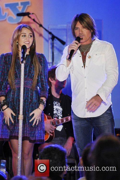 Miley Cyrus and Billy Ray Cyrus 6