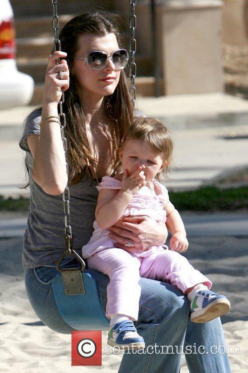 milla jovovich and naked. Milla Jovovich and daughter