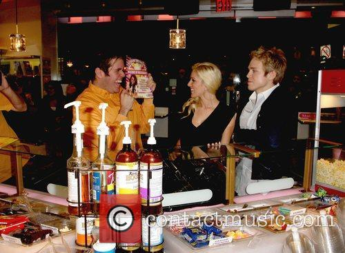 Perez Hilton and Heidi Montag 4