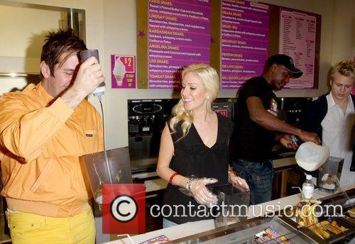 Perez Hilton and Heidi Montag 3