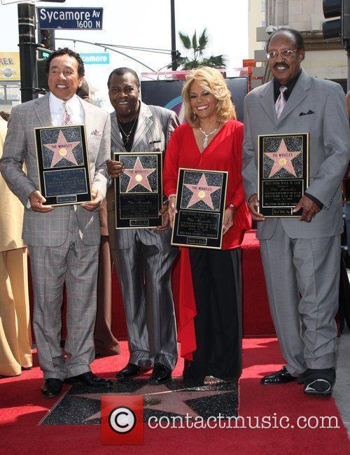 Smokey Robinson, Pete Moore, Claudette Robinson, Bobby Rogers, Star On The Hollywood Walk Of Fame and Walk Of Fame 1