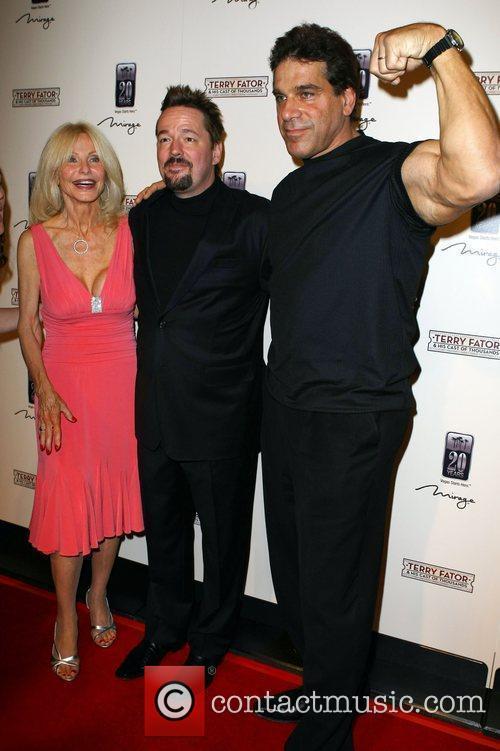 Lou Ferrigno, Terry Fator and Carla Ferrigno 4