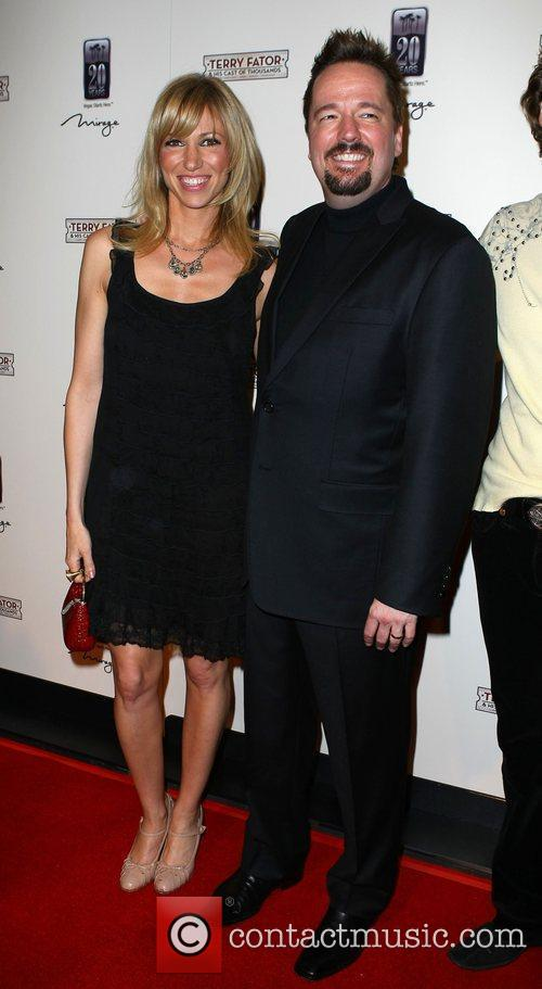 Terry Fator, Deborah Gibson The Opening of Terry...