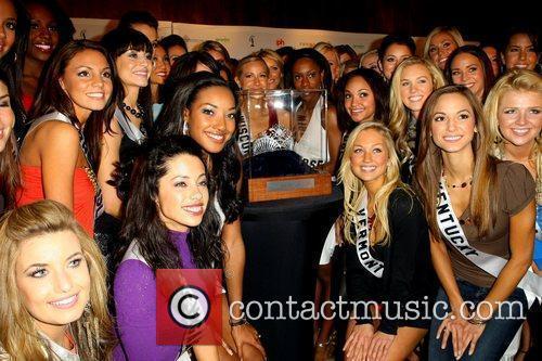 Miss USA contestants Diamond Nexus Labs unveil the...