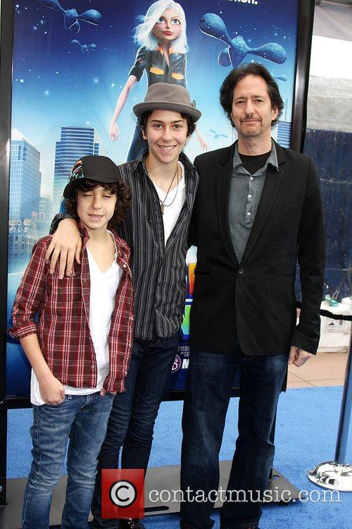 Alex Wolff and Aliens 2