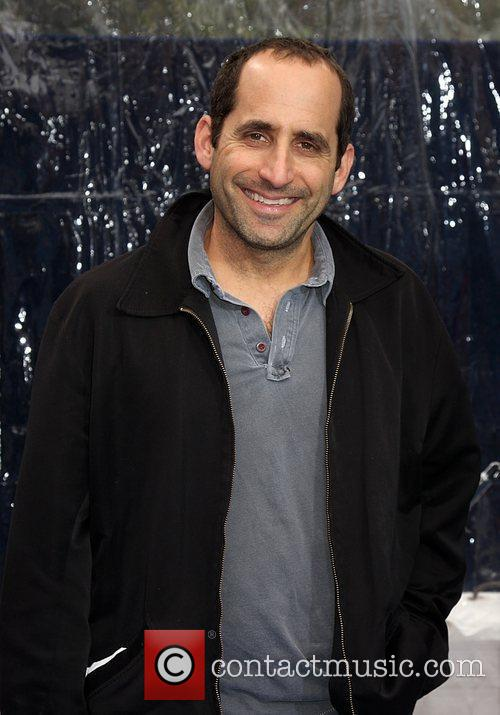 Peter Jacobson and Aliens 2