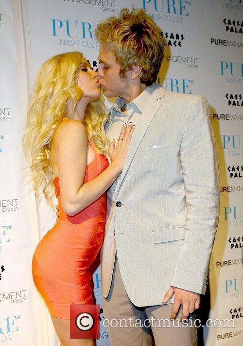 Heidi Montag and Spencer Pratt spend Valentines Day...