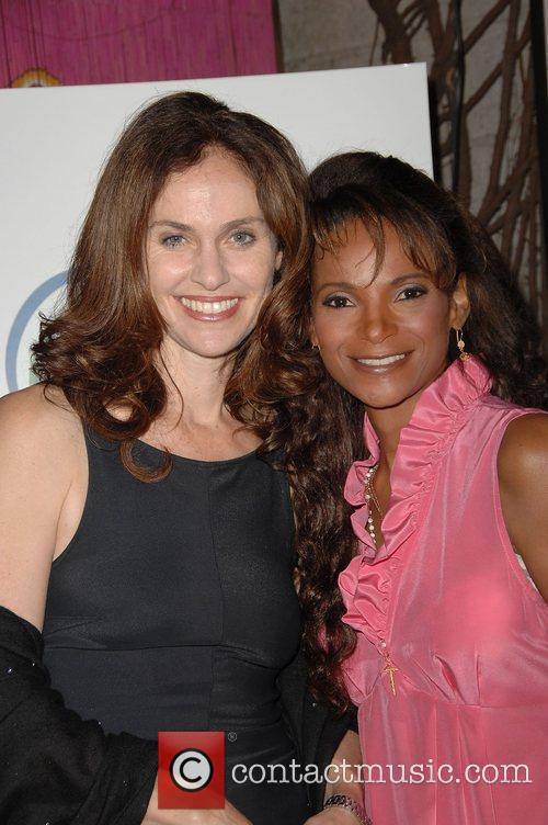 Amy Brenneman and Dr. Lisa Masterson 2