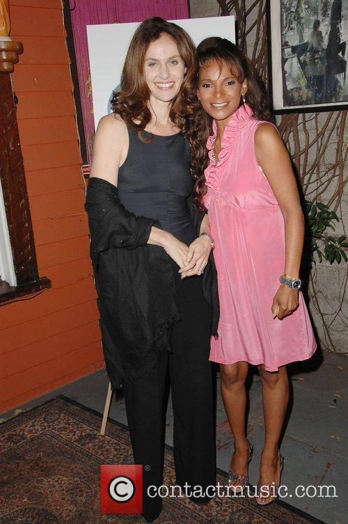 Amy Brenneman and Dr. Lisa Masterson 5
